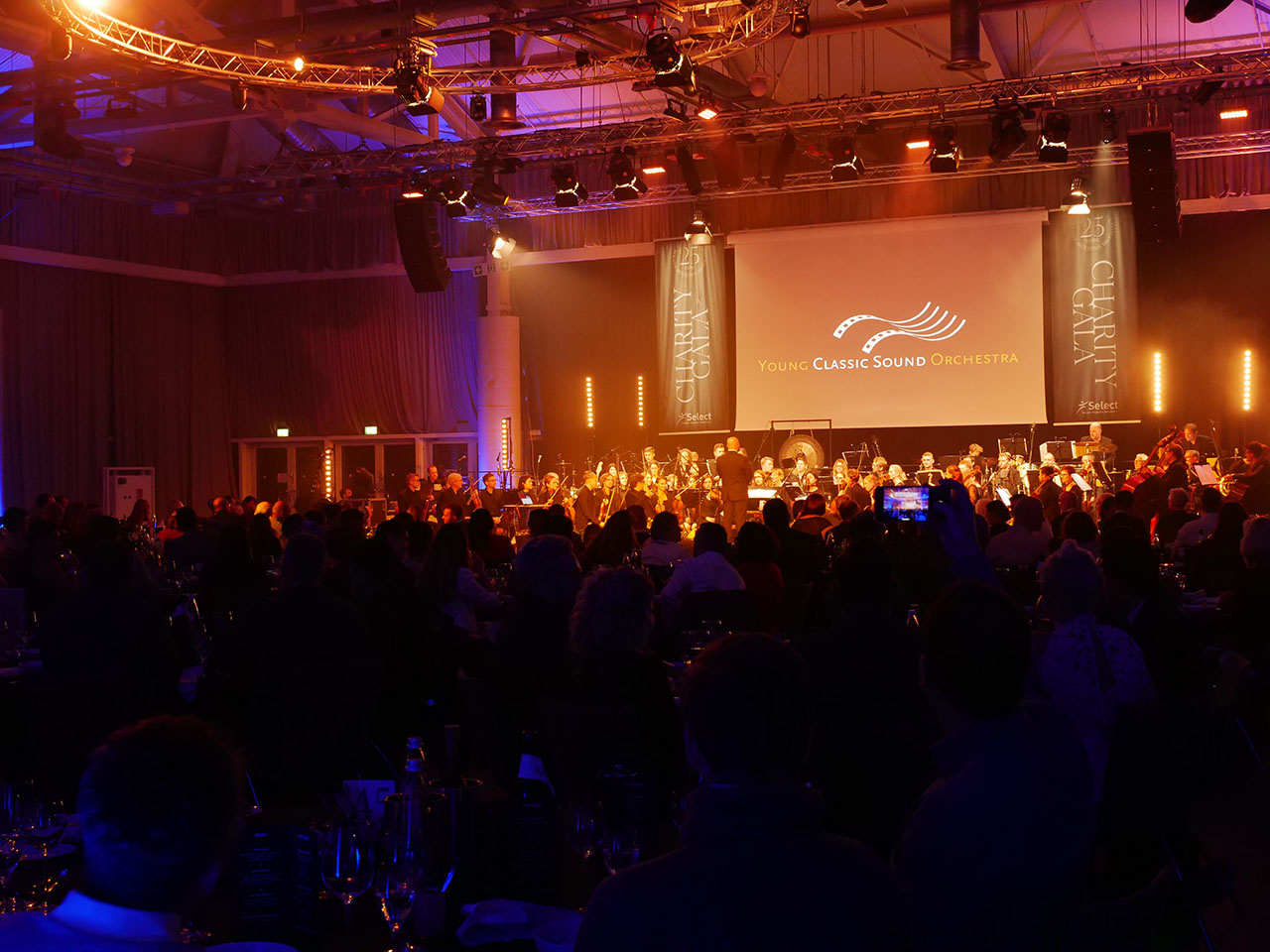 Young Classic Sound Orchestra auf der Select Charity Gala