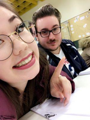 Marry mit Nico in der Schule