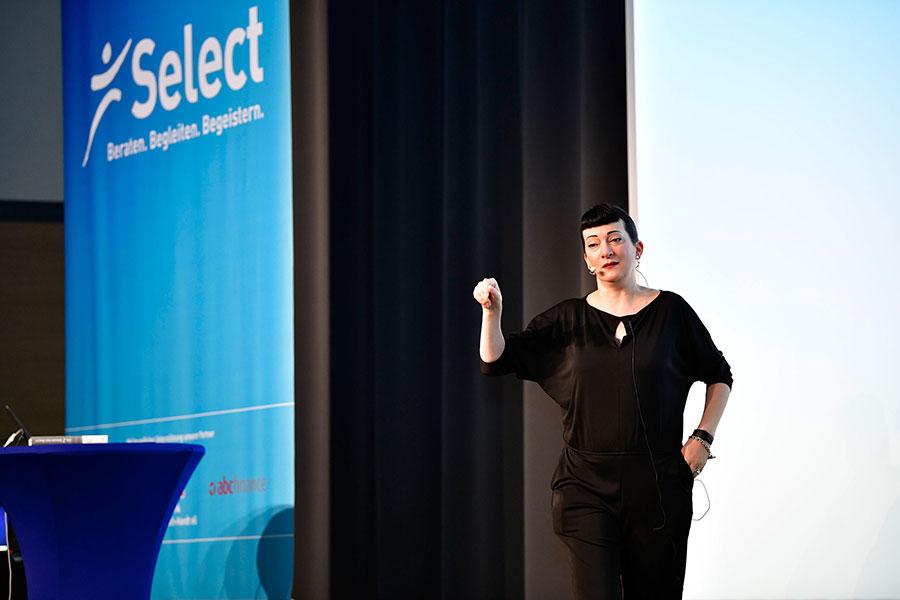 Suzanne Grieger-Langer auf der PCC-Bühne
