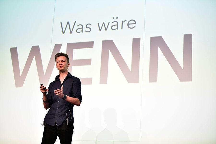 Thomas Noschka stellt den Zuschauern die Frage Was wäre wenn
