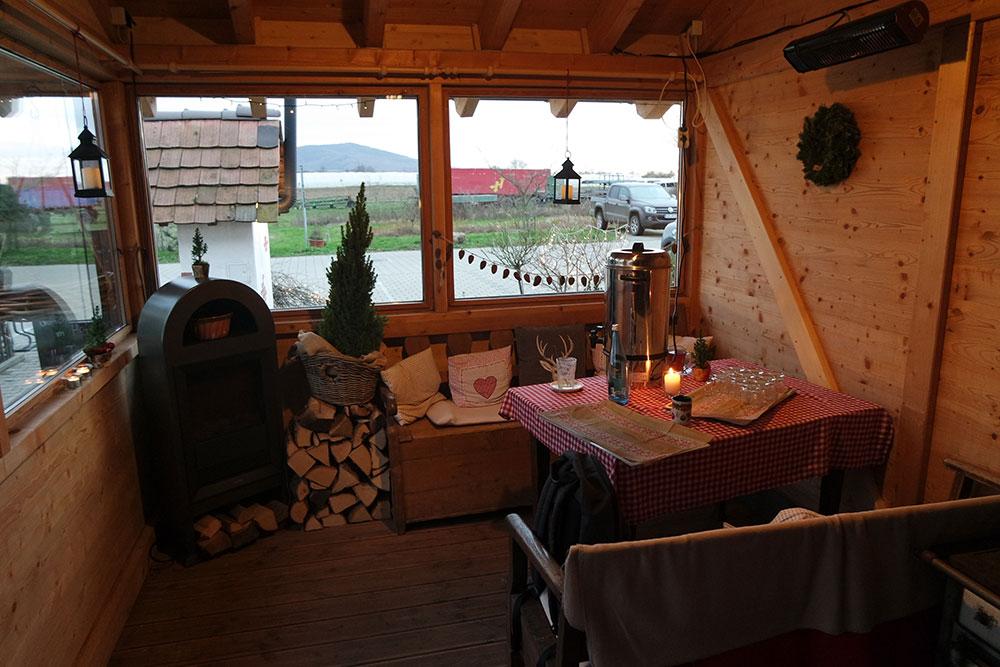 Hütte bei der Tannenbaumaktion