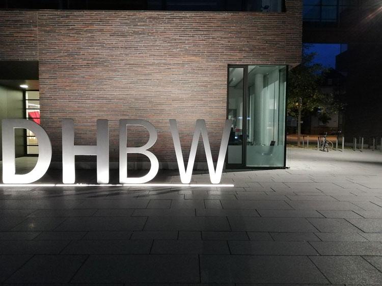 DHBW bei Nacht