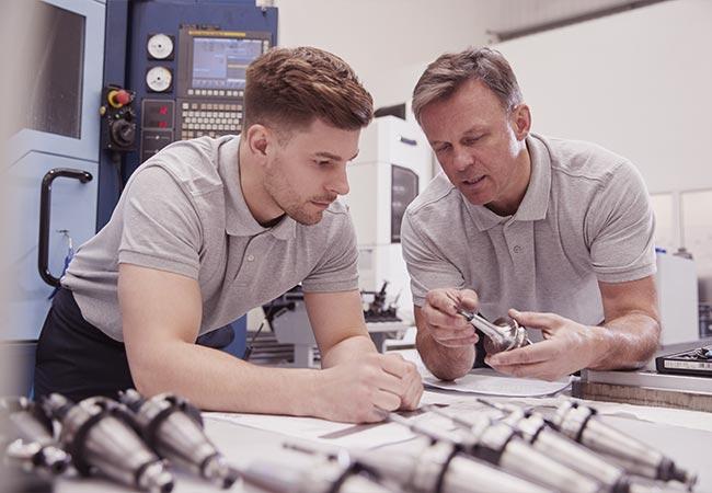 Alle Infos zum Beruf des CNC-Fräsers